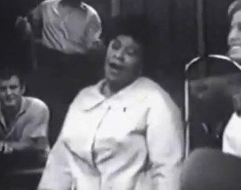 "Ella Fitzgerald Singing ""Sunny Side of the Street"""